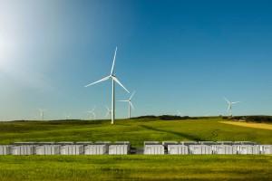 Tesla włączyła największą baterię świata