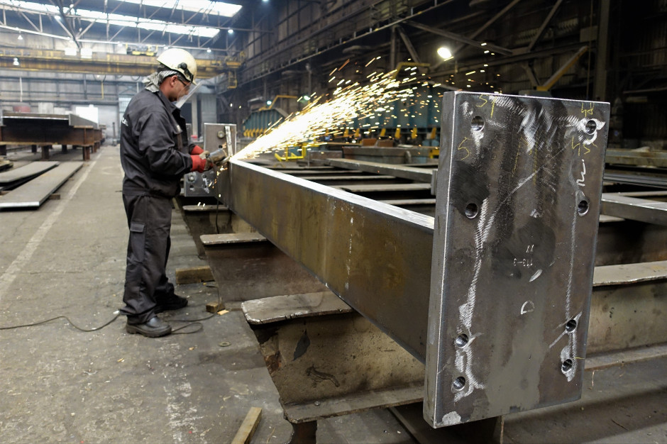 Zdjęcie numer 3 - galeria: Huta Pokój buduje stalową konstrukcję warszawskiej Rotundy