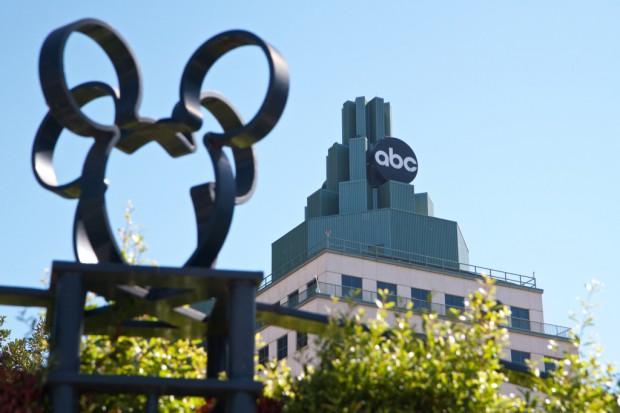 Disney i 21st Century Fox negocjują umowę wycenianą na 60 mld dol.