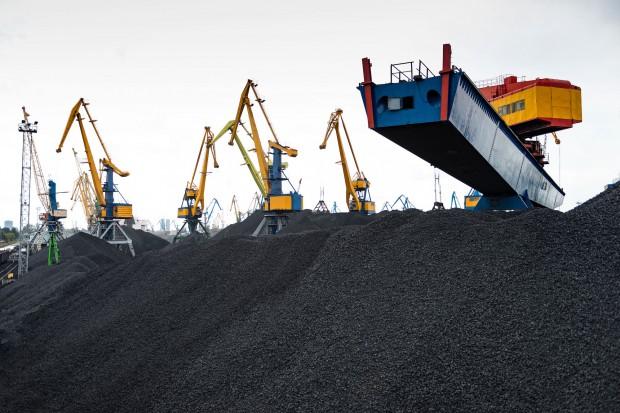 """Koniunktura na globalnym rynku węgla kamiennego. """"Na pewno nie mówiłbym o hossie"""""""