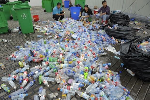 Chiny demontują globalny model handlu odpadami
