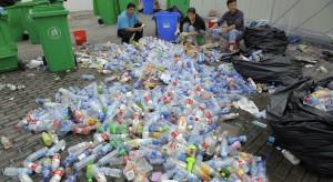 Kaucje na plastikowe butelki mogą być konieczne