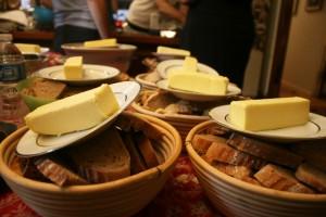 Masło w Biedronce. UOKiK sprawdzi promocję w sieci handlowej po niezadowoleniu klientów