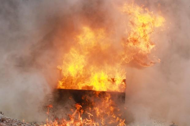 Indonezja. 10 osób zginęło w pożarze szybu naftowego
