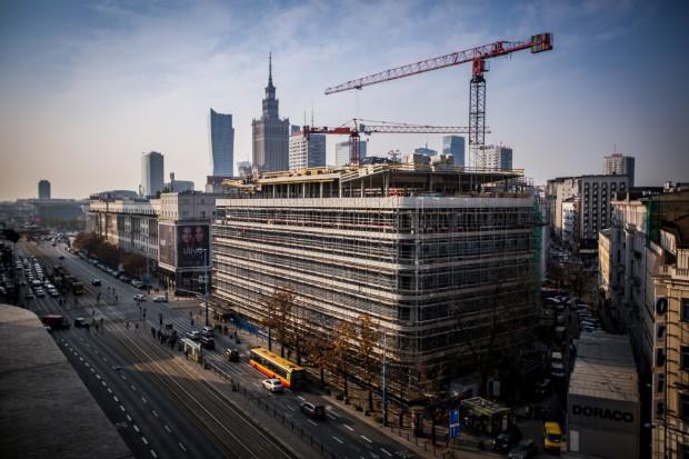 Polski Holding Nieruchomości chce przejąć Korporację Budowlaną Doraco