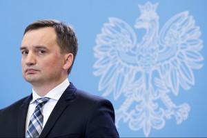 Zbigniew Ziobro chce obniżać zarobki prezesów spółek