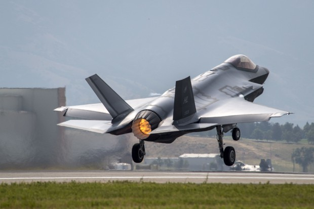 Amerykańskie myśliwce 5. generacji wrócą do Europy