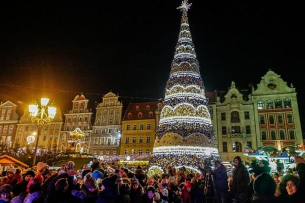 Wrocławską choinkę rozświetliła energia z OZE