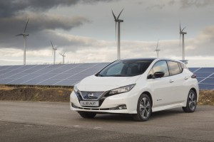 Marek Kamiński wyrusza samochodem elektrycznym do Japonii