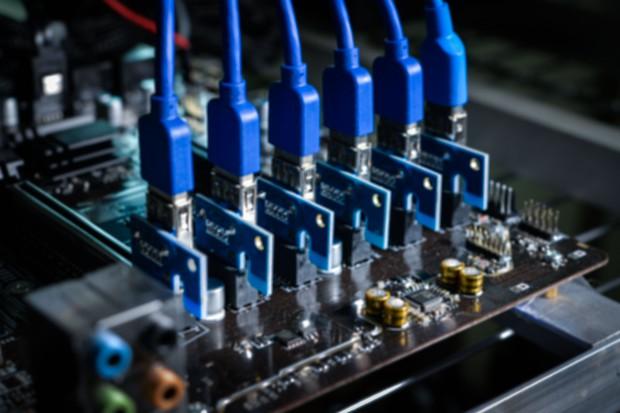 Koparki bitcoin pożerają tyle prądu, co cała Polska