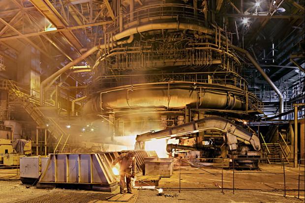 ArcelorMittal zaciera ręce i liczy zyski