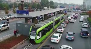 Chińska odpowiedź na tramwaj. Jeździ bez motorniczego i jest tańszy