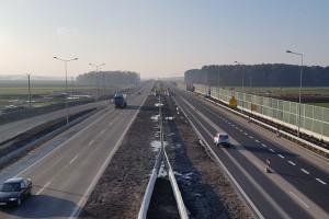 Budowa tej trasy pochłonęła 2,3 mld zł. Ostatni odcinek oddany do ruchu