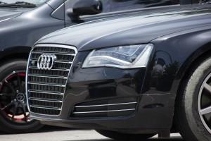 Śledczy przeszukali domy byłego kierownictwa Audi