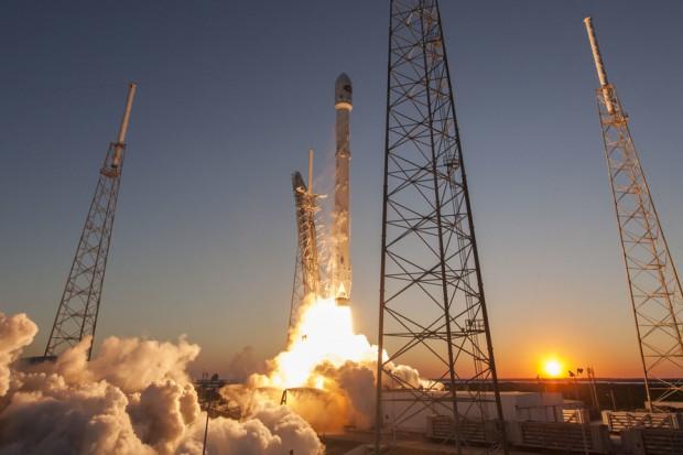 """W przyszłym tygodniu SpaceX ogłosi nazwisko """"księżycowego turysty"""""""