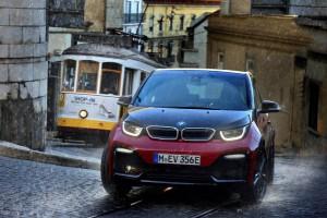 BMW zwiększyło sprzedaż samochodów elektrycznych o ponad połowę