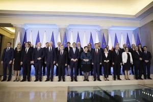 Nowy rząd to zwycięstwo Andrzeja Dudy. Ma charakter koncyliacyjny