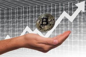 Bitcoin szturmuje poziom 10 tys. dolarów