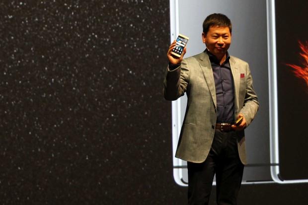 Jeden z dyrektorów Huawei wbija szpilę sieciom komórkowym