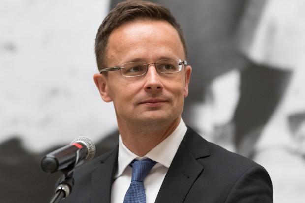Krytyka rurociągu Gazpromu to hipokryzja, twierdzą Węgrzy