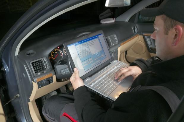 Polacy ponad 100 mln razy sprawdzali historię pojazdu w CEPiK