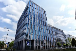 Waryński sprzedaje biurowiec EQlibrium