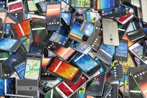 Wielkie przejęcie na rynku telefonii komórkowej. Play kupuje wirtualnego operatora