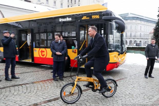 Prezydent: elektromobilność to skuteczna metoda walki ze smogiem