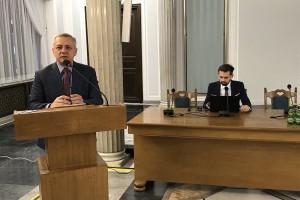 Wiceminister cyfryzacji Marek Zagórski sugeruje przedsiębiorcom profil zaufany