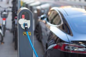 Samochody na prąd wcale nie są wolne od emisji CO2
