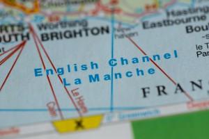 """Francja odrzuca """"wymyślny"""" pomysł mostu przez kanał La Manche"""
