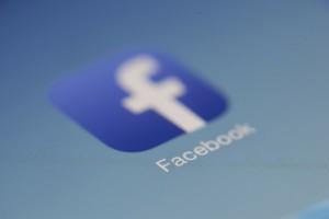 Facebook inwestuje w sztuczną inteligencję. Postawił na europejski kraj