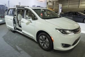 Samochody autonomiczne przedmiotem współpracy FCA i Waymo