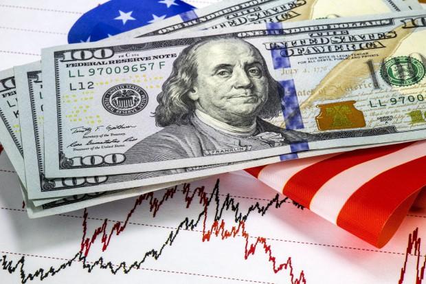 Fitch: należy się spodziewać pogorszenia ratingów niektórych państw