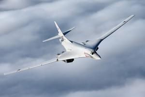 Rosjanie z naddźwiękowych bombowców uczynią samoloty pasażerskie?