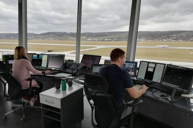 PAŻP: do 2024 r. opóźnienia samolotów będą zredukowane do 18 sekund