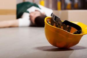 Wypadki przy pracy: budownictwo bezpieczniejsze od wywozu śmieci