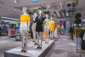 Wielka sieć odzieżowa zamknie w tym roku najwięcej sklepów od 20 lat