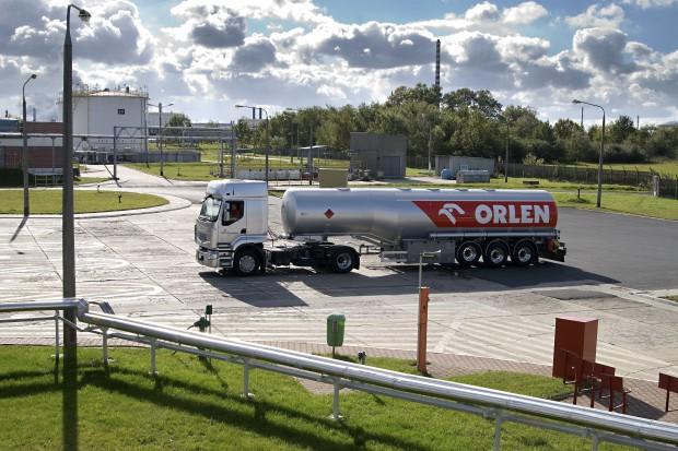Orlen zwiększy pojemność terminalu paliw w Szczecinie