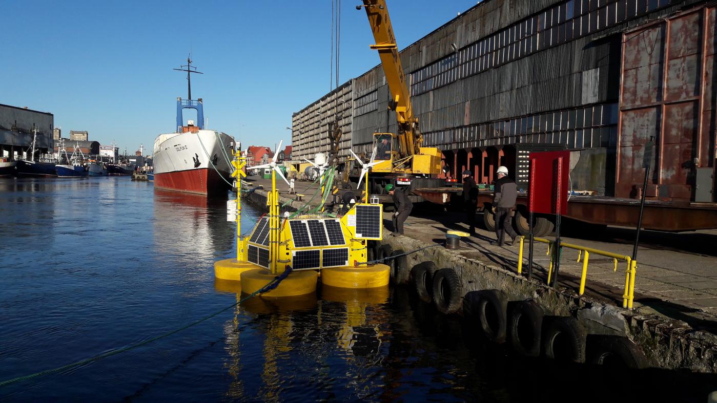 PGE Energia Odnawialna ( PGE EO) rozpoczęła dwuletnią kampanię pomiarową warunków wietrzności na Morzu Bałtyckim przy użyciu pływającego Lidaru. Fot. mat pras.