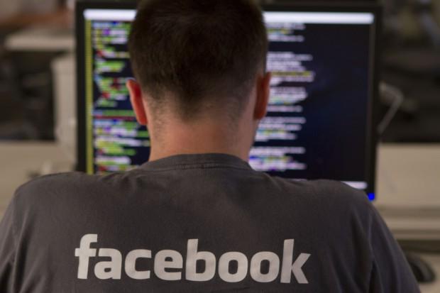 Facebook musi sprostać licznym wyzwaniom