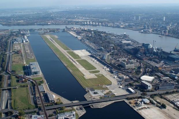 Lotnisko w Londynie zamknięte po znalezieniu bomby