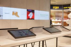 Zakupy przez internet w fizycznym sklepie
