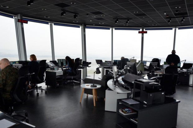 Kraków Airport ma nową wieżę kontroli lotów. Zobacz inne tego typu obiekty w Polsce
