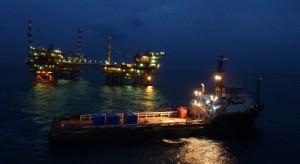 Polityka znów kładzie się cieniem na gazowym biznesie