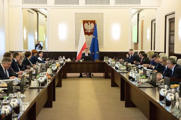 Henryk Kowalczyk: wynagrodzenia ministrów są zbyt niskie