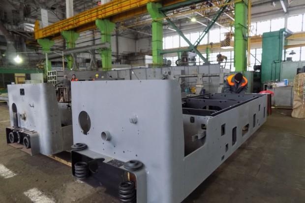 CORUM DRUZKOVKA MACHINE BULDING PLANT remontuje elektrowóz dla DTEK PAVLOGRADUGOL