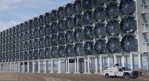 Paliwo dla samochodów z powietrza - tak Bill Gates chce oczyścić atmosferę z CO2
