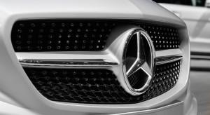 Mercedes ma problemy z dostawcami. Tysiące samochodów zalega na lotnisku