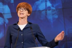 Minister o niedzieli bez handlu: nie jesteśmy gorsi od Niemców
